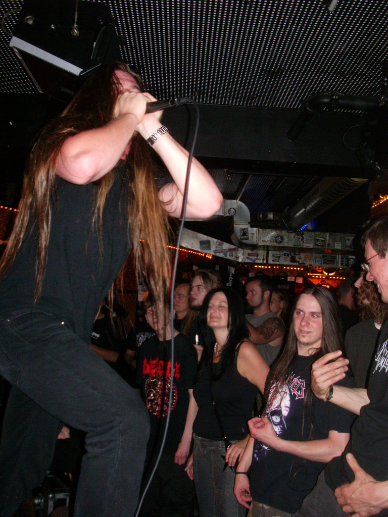images/live-pic/2012_11/Cryptopsy.jpg